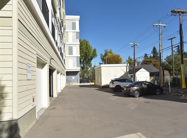 Centro Residential Rental apartments visitor parking
