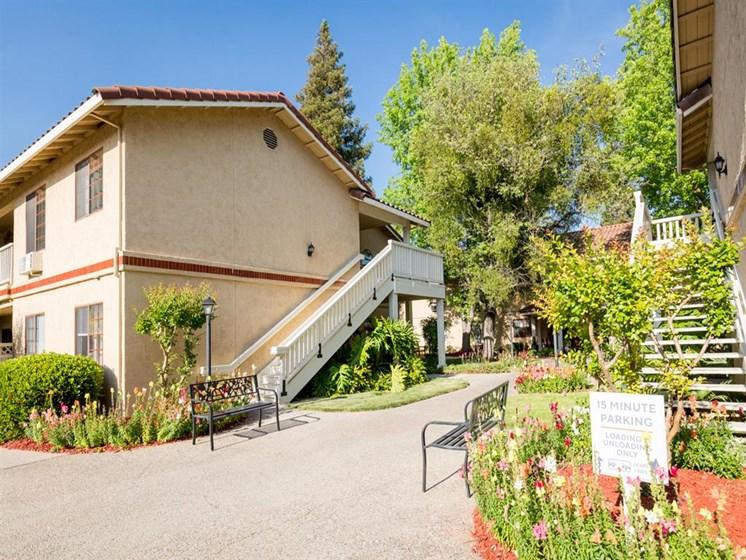 Garden Space at Cogir of Manteca, California