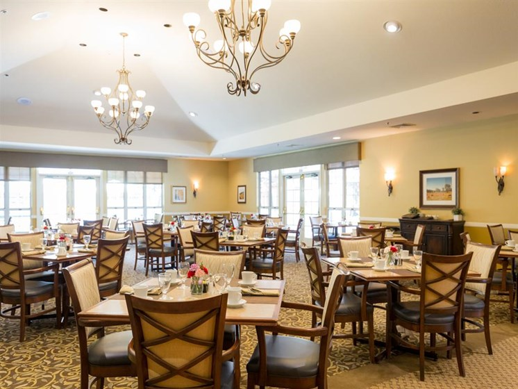Restaurant Style Dining at Cogir of Rohnert Park, California, 94928
