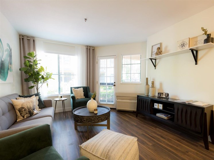 Spacious Living Room at Cogir of Vacaville, Vacaville, 95687