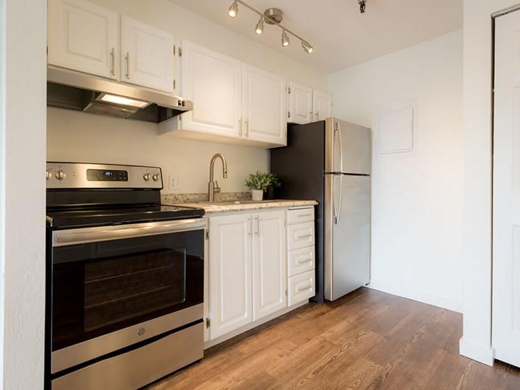 Kitchen Appliances at Cogir of Northgate, Washington, 98125