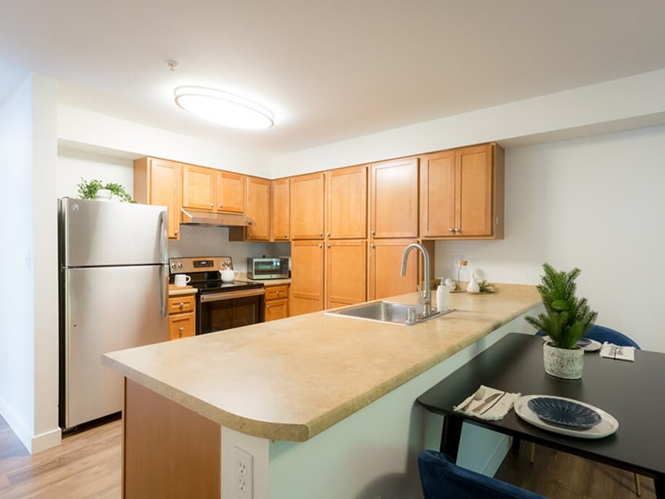 Granite Countertop Kitchen at Cogir of Queen Anne, Seattle, 98109
