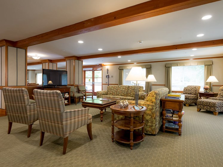 Posh Lounge Area In Clubhouse at Cogir of Queen Anne, Washington, 98109