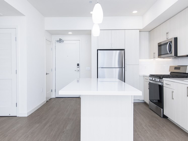 Ample Counter Space In Apartments At The Club At Enclave Apartments In Chula Vista, CA