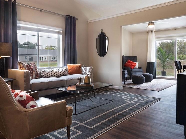 Holt MI Apartment Rentals Redwood Holt Gallery Forestwood Living