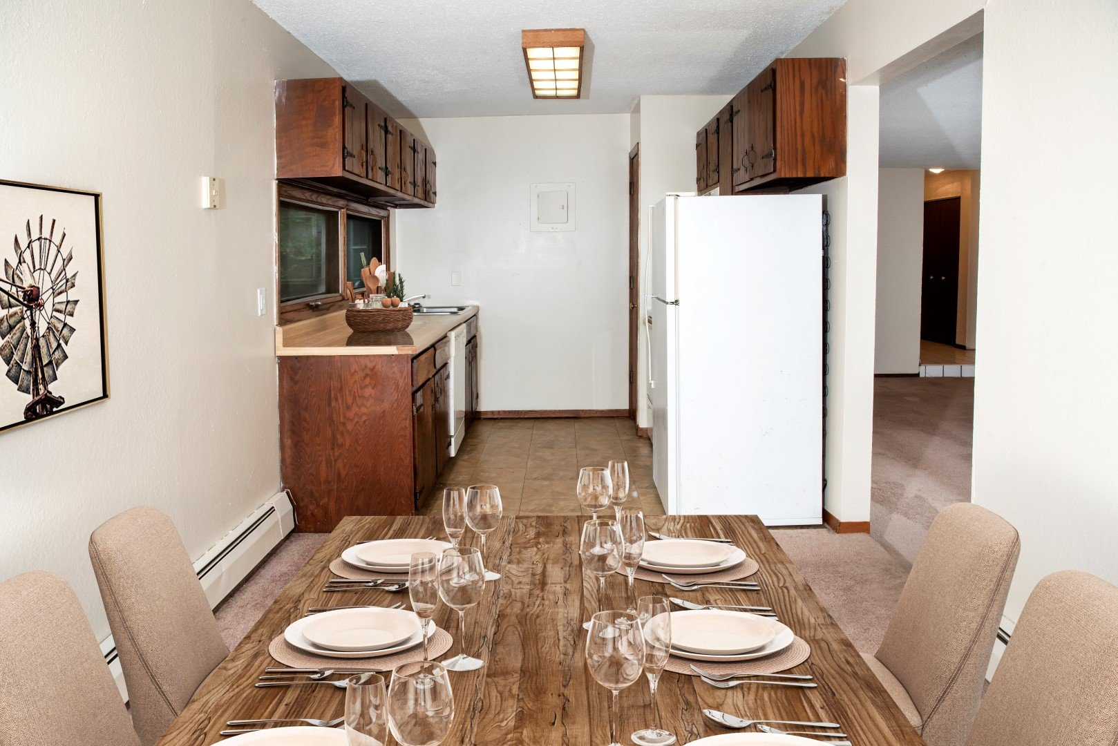 Bass Lake Crossing kitchen and dining room