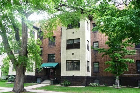 Breton Apartments in Minneapolis, MN Exterior