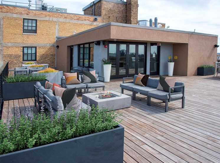 Cozy Rooftop Lounge at 700 Central Apartments, Minneapolis, MN
