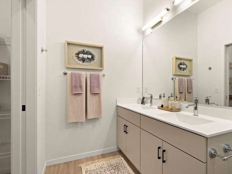 Luxurious Bathrooms at The Hill Apartments, Saint Paul, Minnesota
