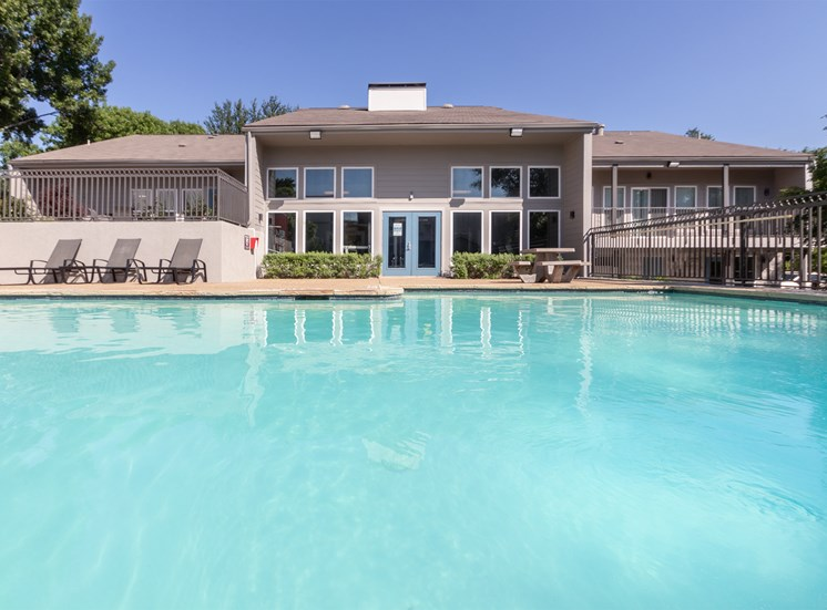 This is a photo of the pool area at The Biltmore Apartments, in Dallas, TX.