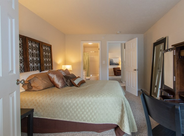 This is a photo of the second bedroom in the 1016 square foot,  2 bedroom Nautica floor plan at Nantucket Apartments in Loveland, OH.