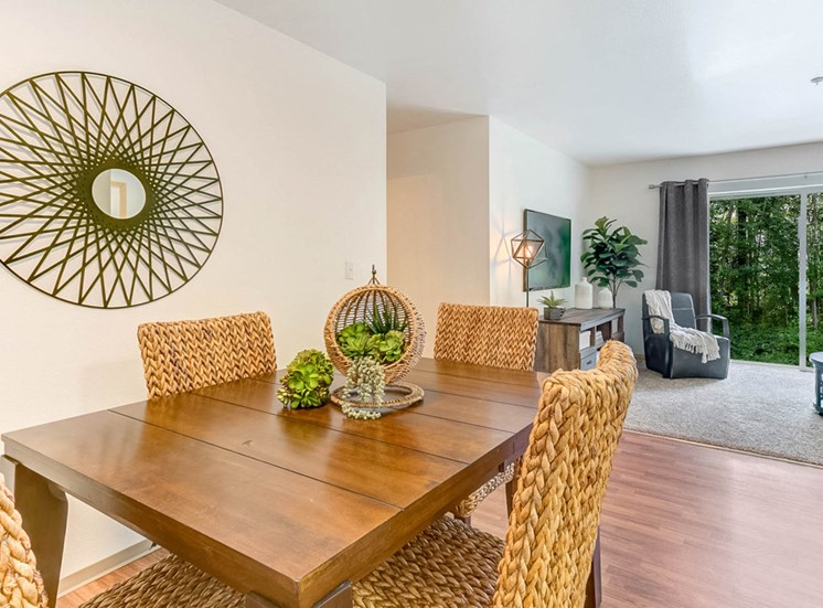 apartment-dining1100x700