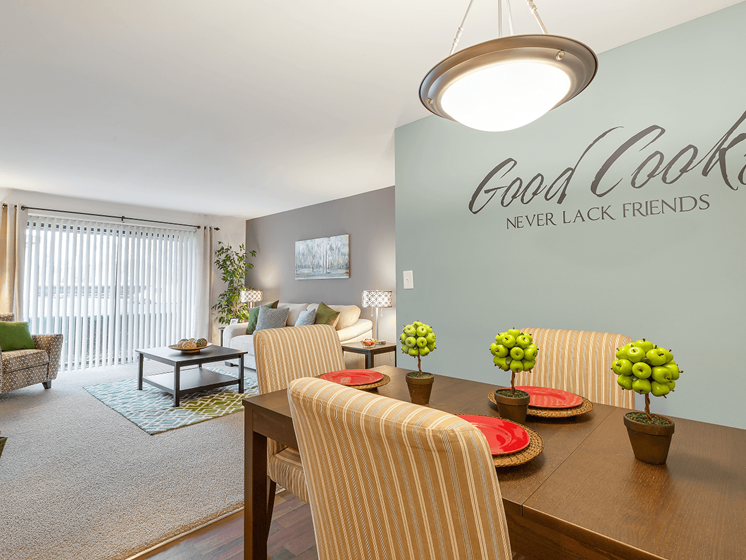 Elegant Dinning Area at Eastwood Village Apartments, Michigan
