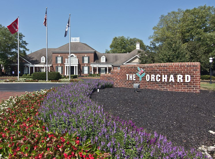 The Orchard Apartments Sign in Dublin OH