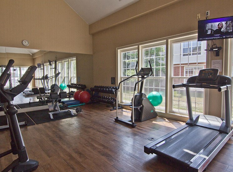 gym 2 at the Orchard Apartments in Dublin OH
