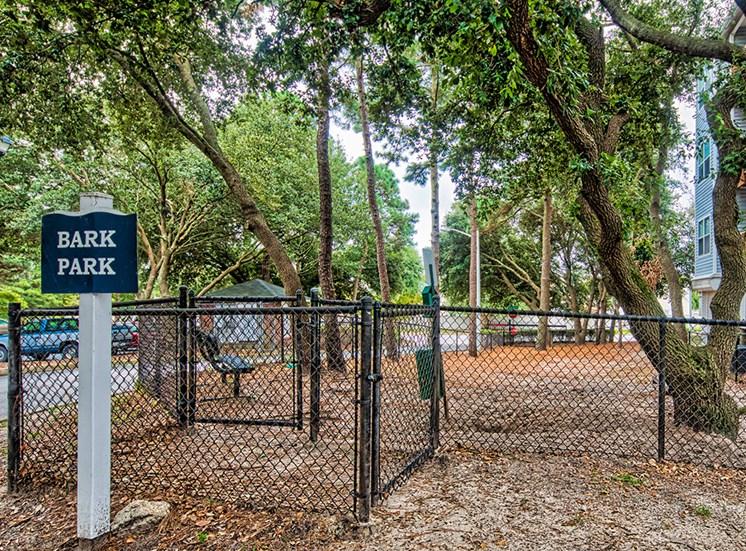 Dog_Park_Marina_Shores Apartments in Virginia Beach