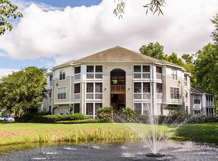 Heron Reserve Apartments Exterior