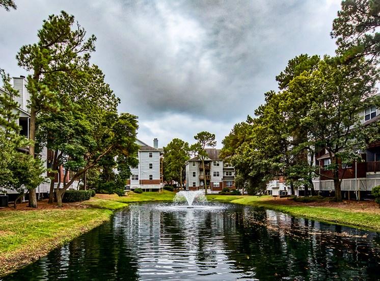 Fountain at Marina Shores Apartments 5