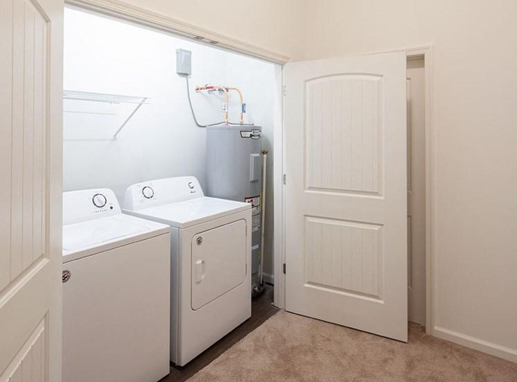 Full-size washer & dryer at Logans Landing