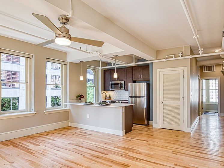 Living_Room_Stumpf_Flats_in Richmond, VA