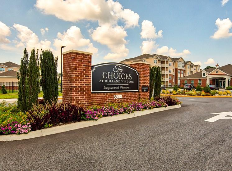 Apartments in Virginia Beach Signage