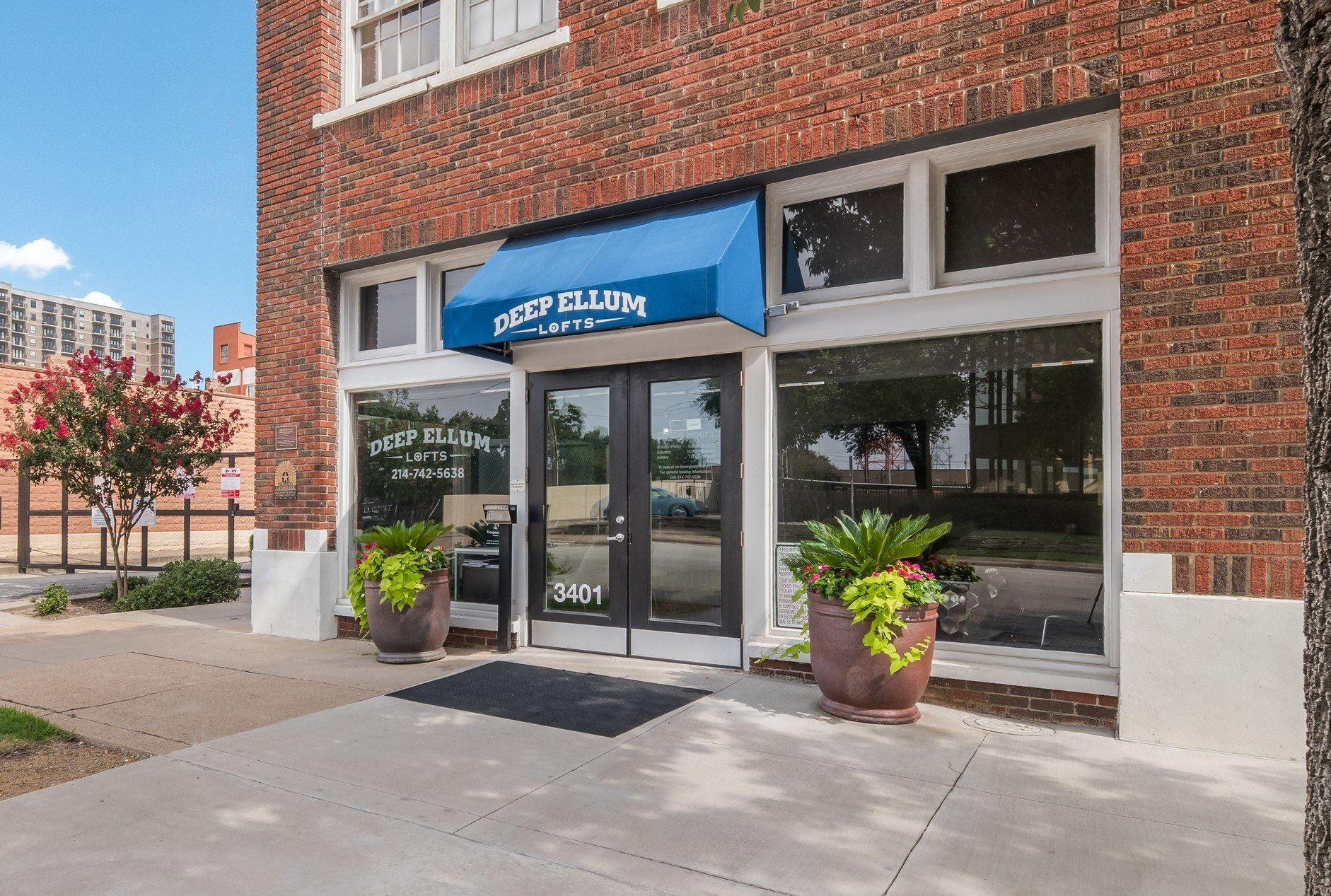 Leasing Office Exterior at The Murray Lofts - Deep Ellum Lofts, Dallas, Texas, TX