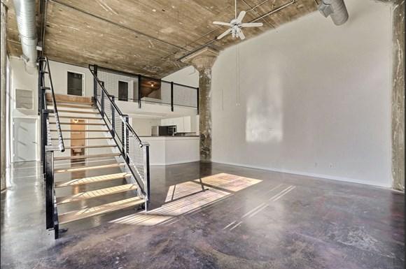 Adam Hats Lofts Apartments In Dallas Tx