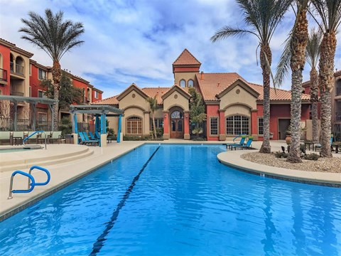 Resort Style Montecito Pointe Swimming Pool in Las Vegas Apartment Homes for Rent