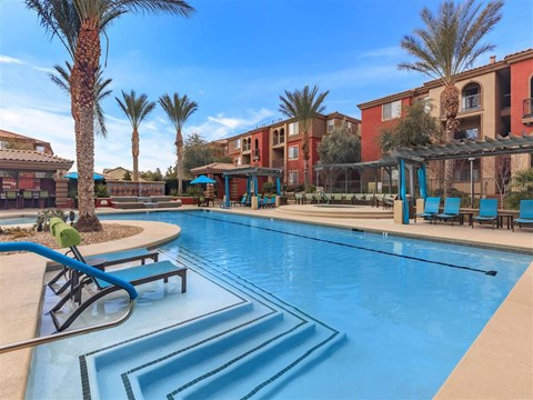 Crystal Clear Montecito Pointe Swimming Pool in Las Vegas, Nevada Rental Homes