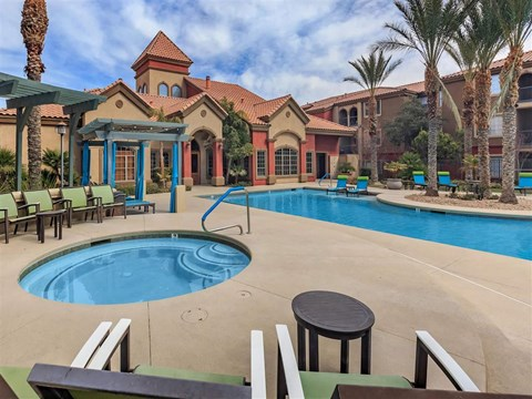 Shimmering Montecito Pointe Swimming Pool with Cabanas in Las Vegas Apartments