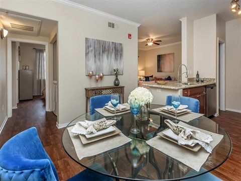 Gourmet Montecito Pointe Dining Room in Las Vegas Rental Homes