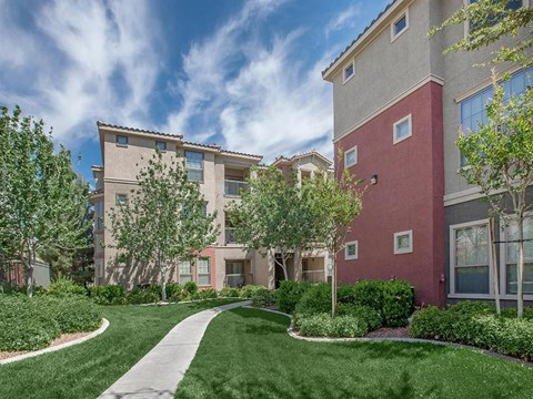 Green Space Walking Trails at Sonata Apartments in North Las Vegas
