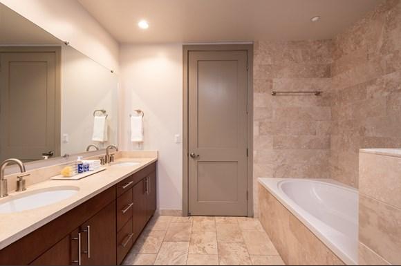 Westwood Luxury Apartments Wilshire Victoria  2bd bath1