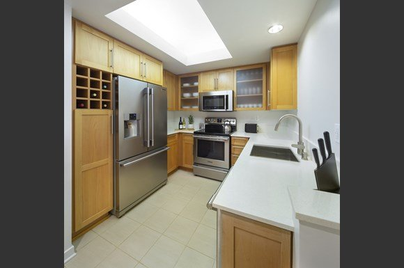 Furnished Westwood Apartments mysuite at Wilshire Margot Co Living Shared Kitchen