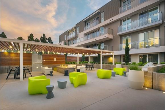 Westchester Apartments Ascent Courtyard
