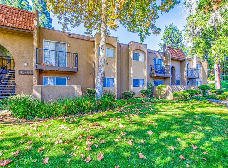 Lush grounds Balconies and Patios at Woodlake Apartments in Escondido, CA, For Rent. Now leasing Studio, 1 and 2 bedroom apartments.