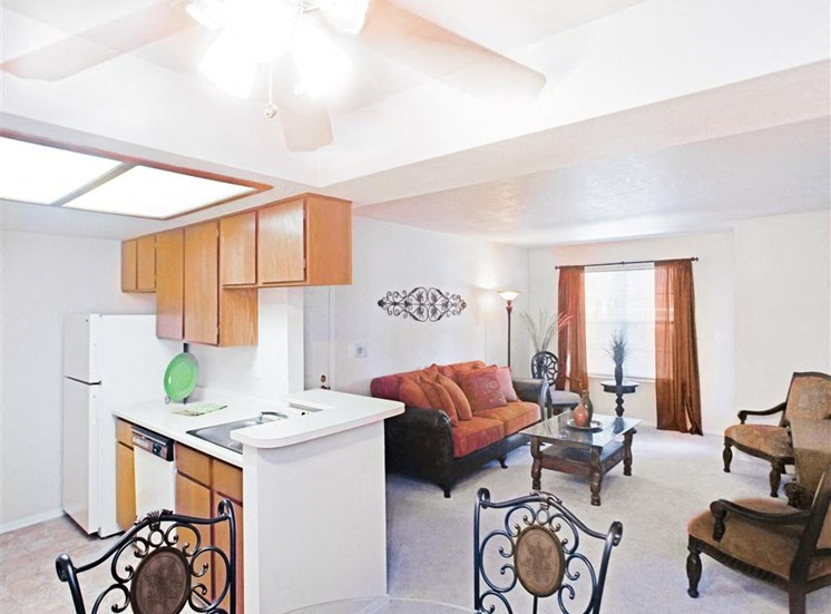 Open concept kitchen, dining and living rooms now leasing 1 and 2 bedroom apartments at Greenbriar.
