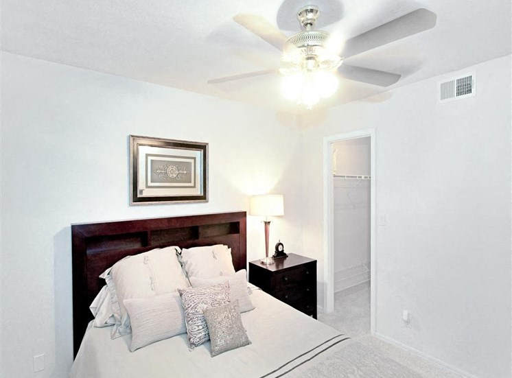 Ceiling fans and walk-in closets in bedrooms at Greenbriar apartments in South Tulsa, OK.