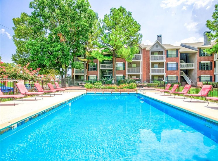 Huge pool, Apartments for rent now, Greenbriar in South Tulsa, OK.