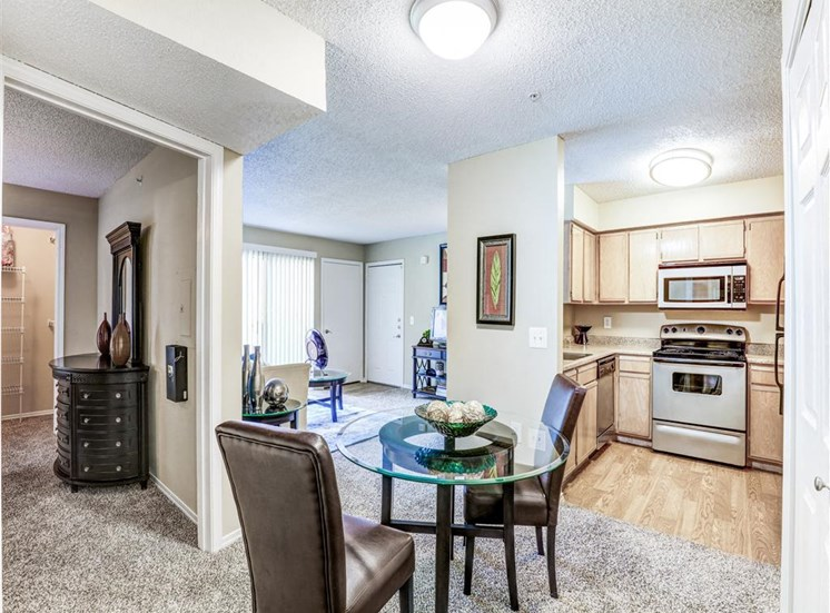 Upgraded appliances at Trinity Square Apartments in North Dallas, TX, For Rent. Now leasing 1 and 2 bedroom apartments.