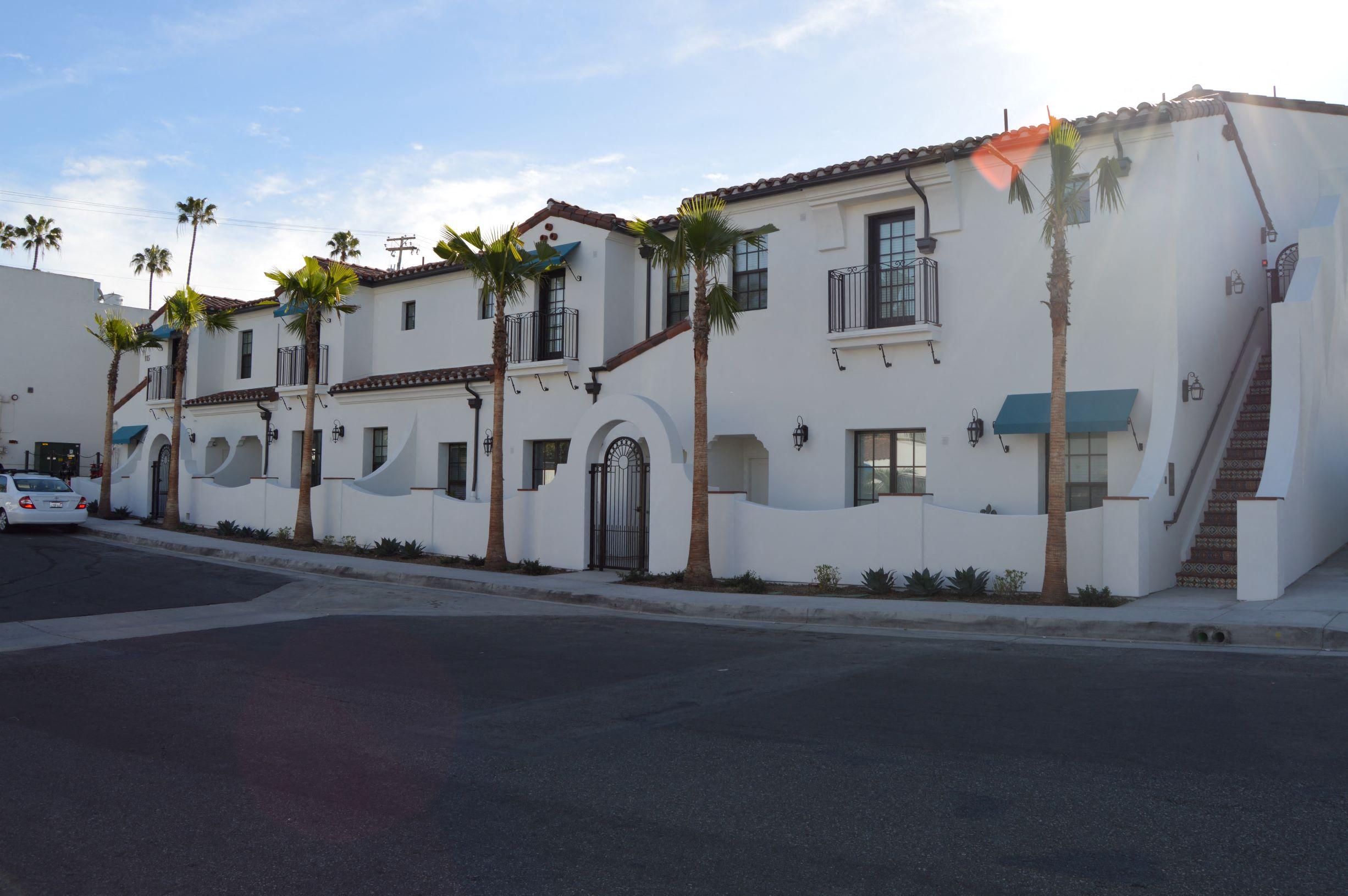 Las Palmas Village Street View