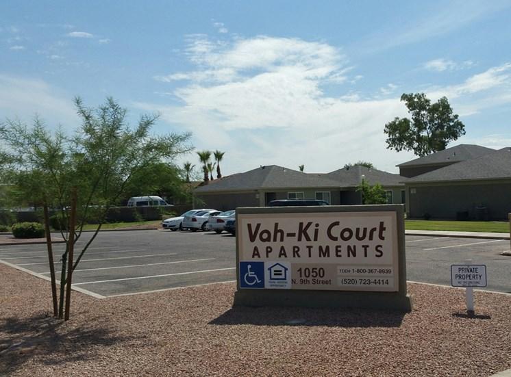 Vah-ki Court