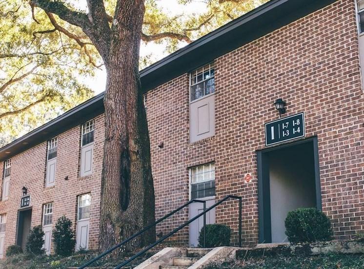 brick exterior of Aspen Run II apartment homes