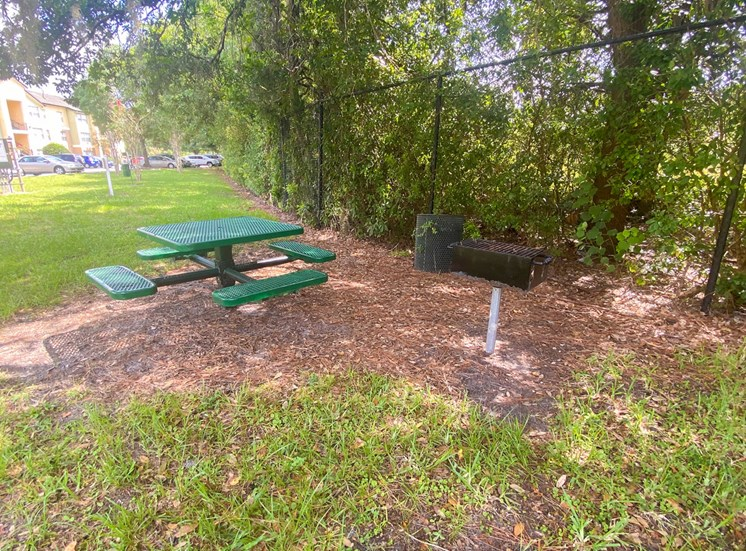 Outdoor picnic seating