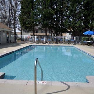 Swimming Pool And Relaxing Area at Parkview Apartments, Huntersville, NC, 28078