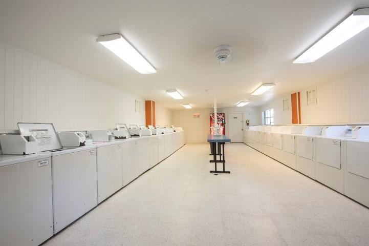 Clothes Care Center with Washing Machines and Dryers