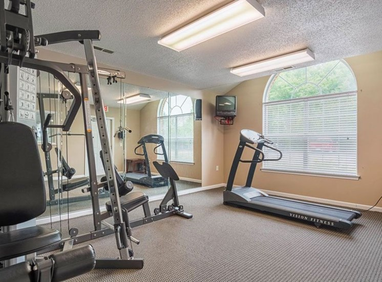 Fitness Center With Treadmill at Autumn Wind Apartments, Winchester, 22603