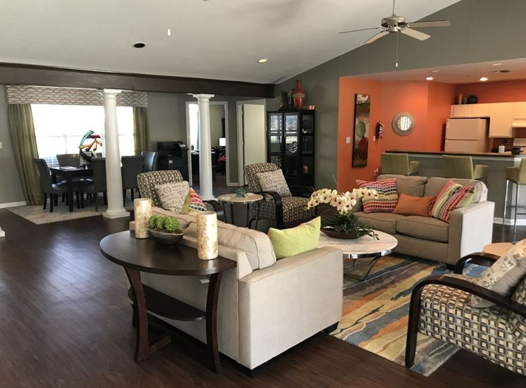 Clubhouse Seating Area at Falcon Pointe Apartments, Rosenberg