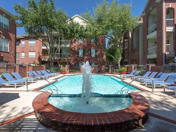 Resort style pool at The Belmont's West University apartments