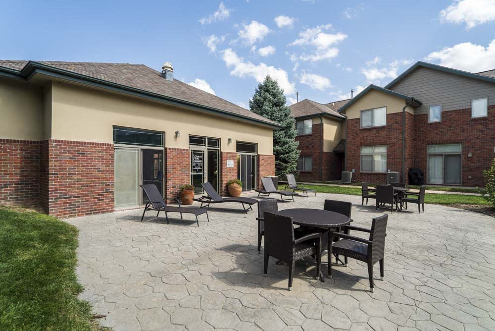 Outdoor patio with seating at Southwind Villas in southwest Omaha in La Vista, NE, 68128